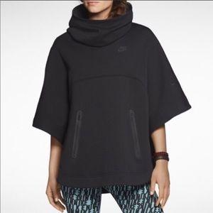 Nike Tech Fleece Hooded Poncho